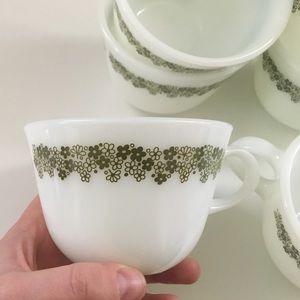 Pyrex vintage green daisy teacup set